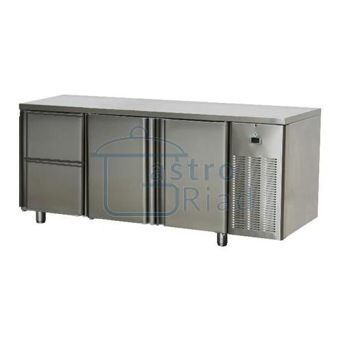 Zobraziť tovar: Stôl chladiaci, 2 x dvere, 2 x zásuvka, SCH-3D-2D2Z